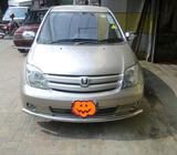 TOYOTA IST MODEL 2002 FITTED 16