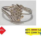 Diamond with Gold Ring 40% OFF