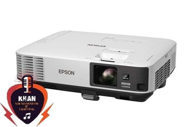 Projector & Video Camera Rent
